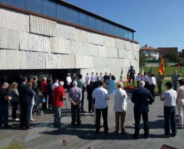 Homenaje a Luis Vicente de Velasco e Isla